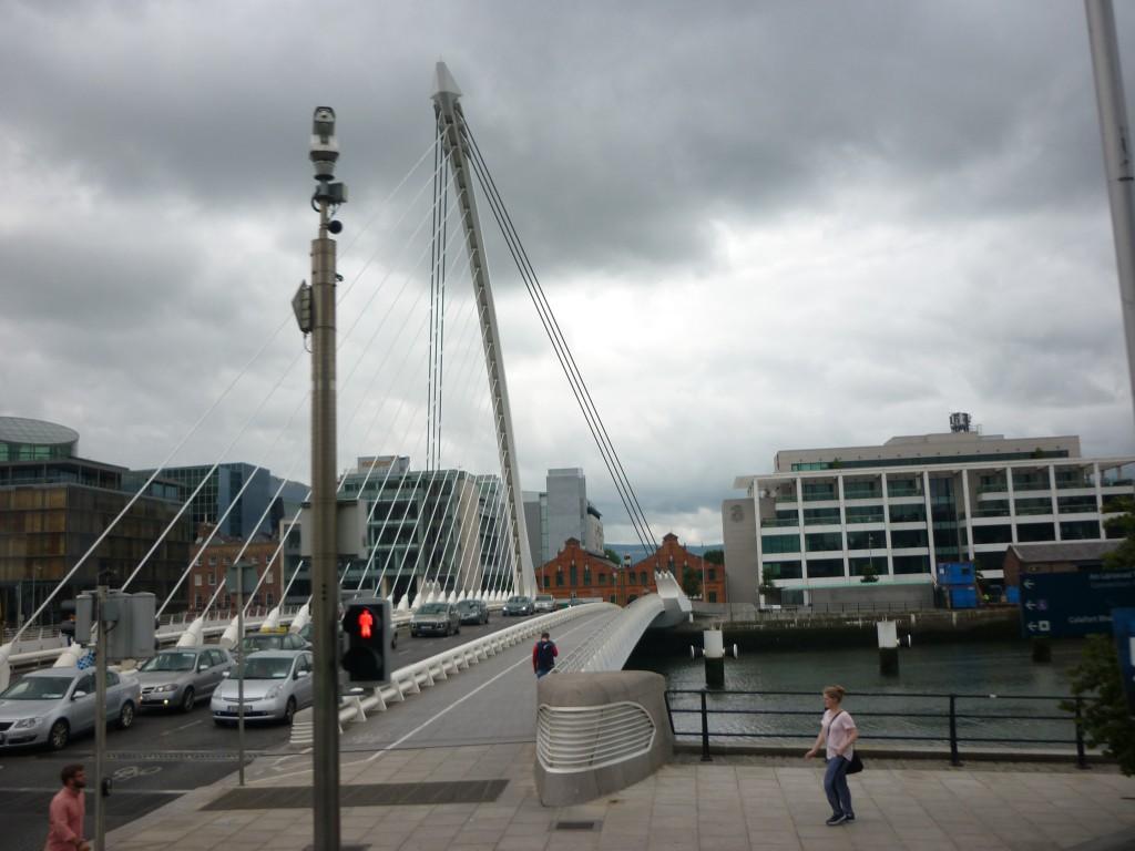 Die Samuel Beckett Bridge