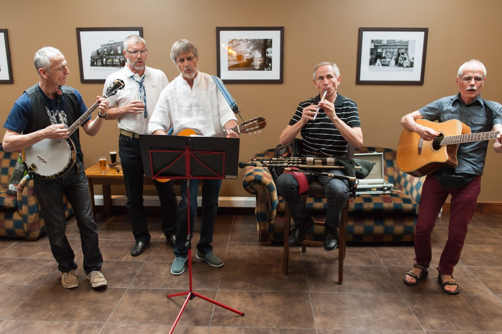 Die SongTrain-Band im Element