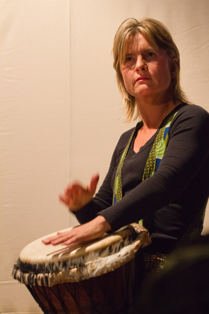 Barbara Schütz, Afrik. Trommeln