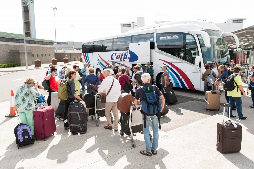 Der SobgTrain Tourbus Dublin Airport